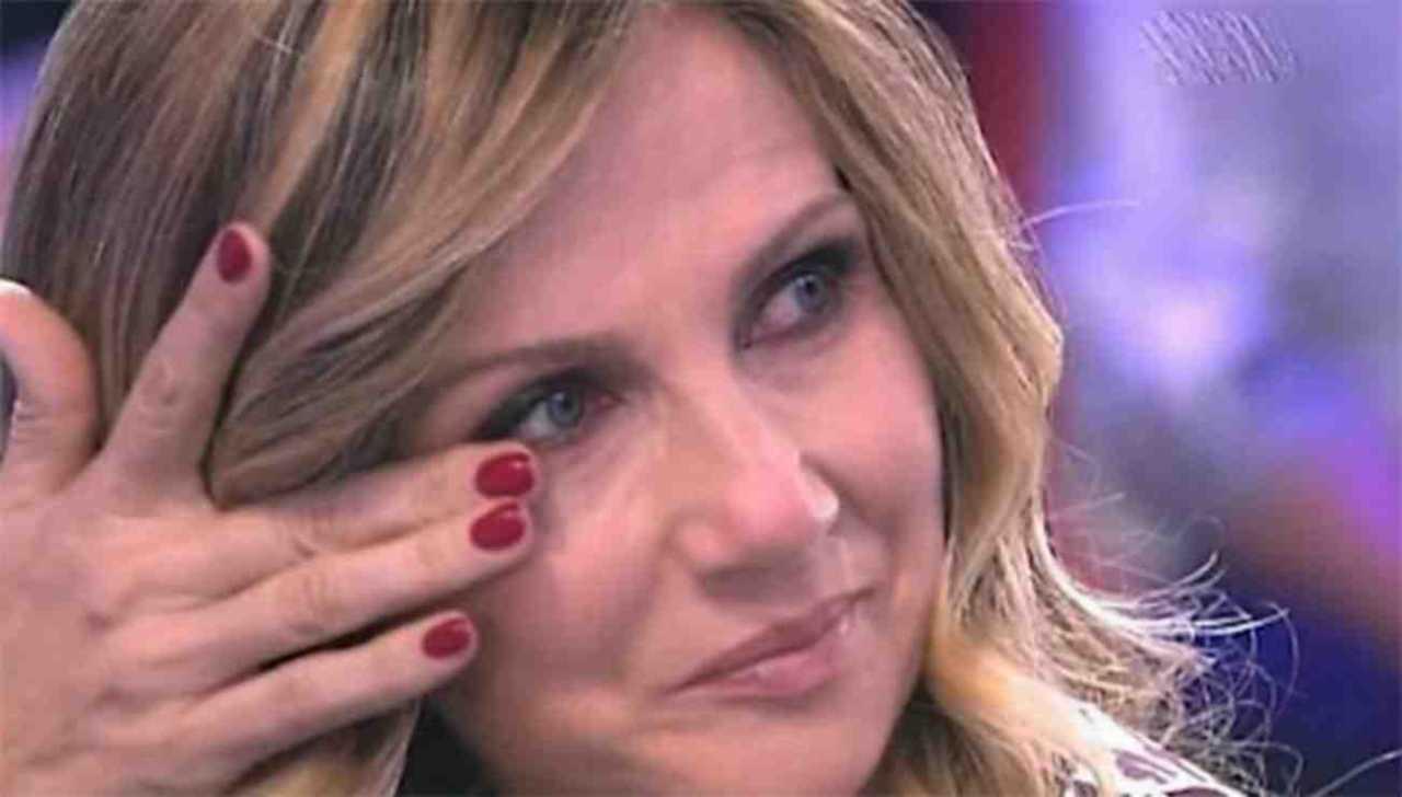 cuccarini-piange-political24