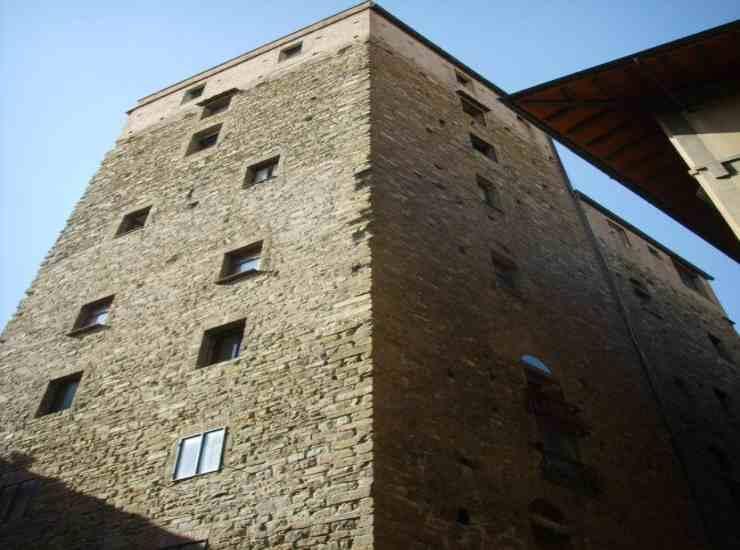 torre-carlo-conti-political24
