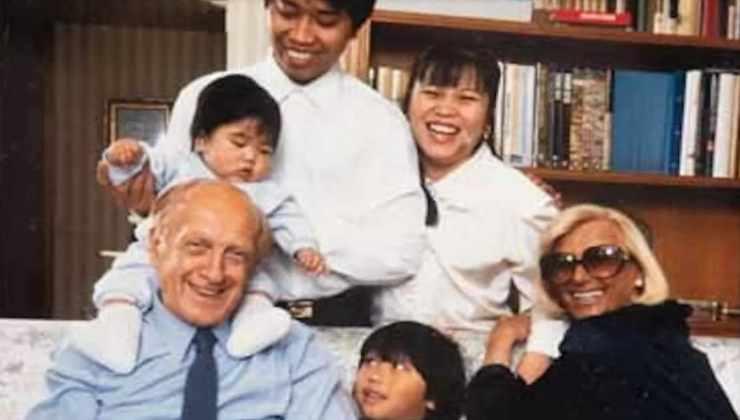 vianello e famiglia adottata-political24