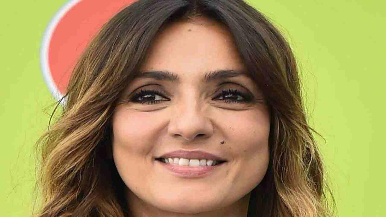 ambra-angiolini-figlia-political24