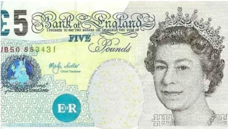 regina elisabetta denaro-political24