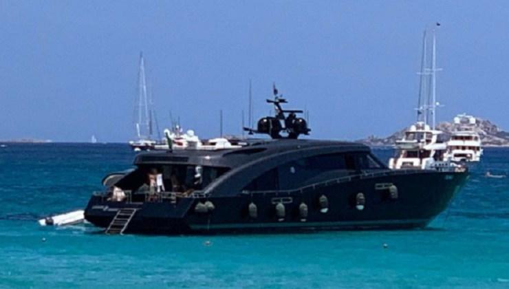 Roberto-Cavalli-Yacht-Political24