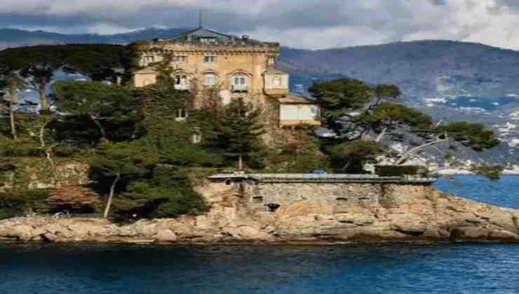 Silvia Toffanin e Pier Silvio Berlusconi vacanza Political24