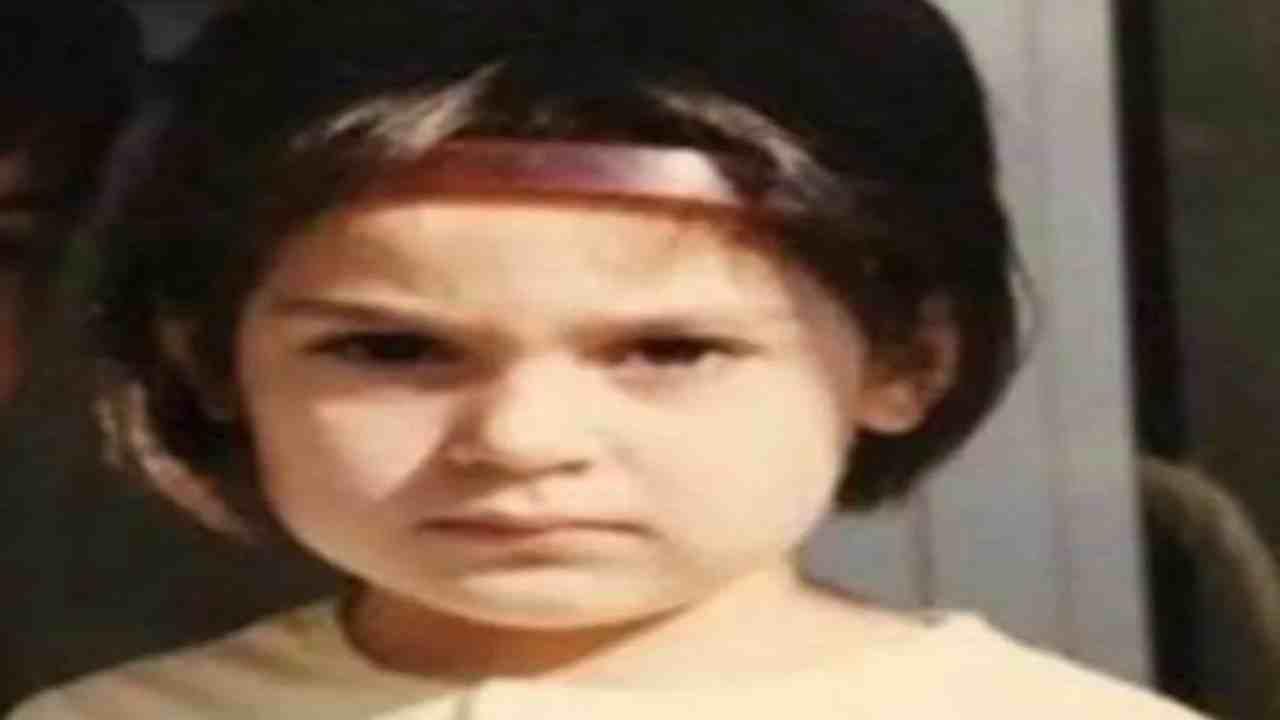 Anna Tatangelo da bambina Political24