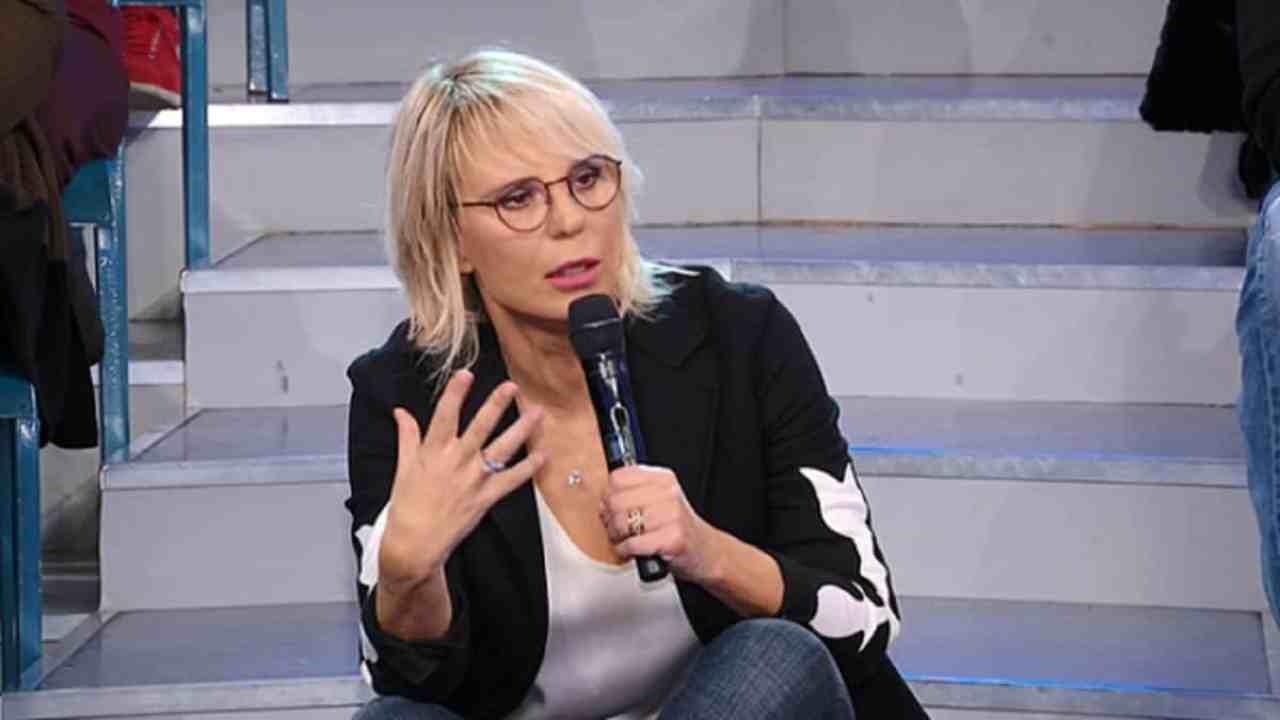 Maria De Filippi gesto Political24