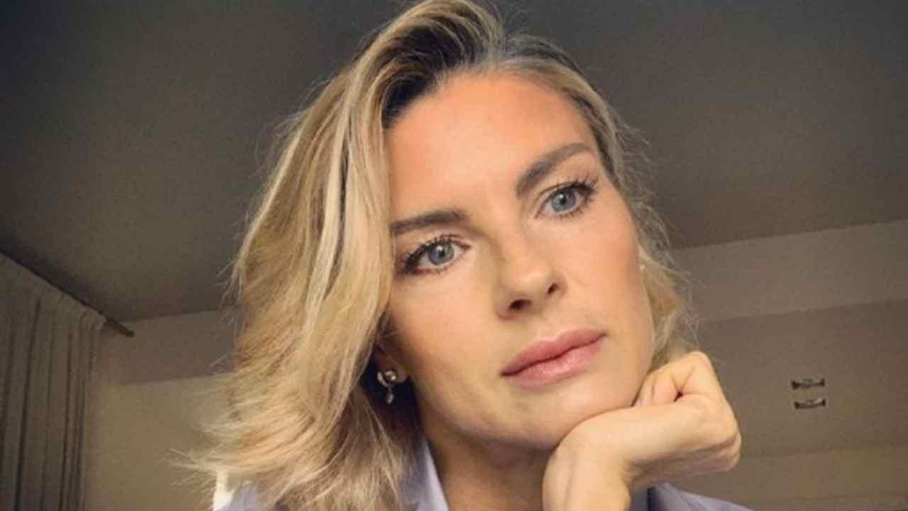 Martina Colombari figlio Political24