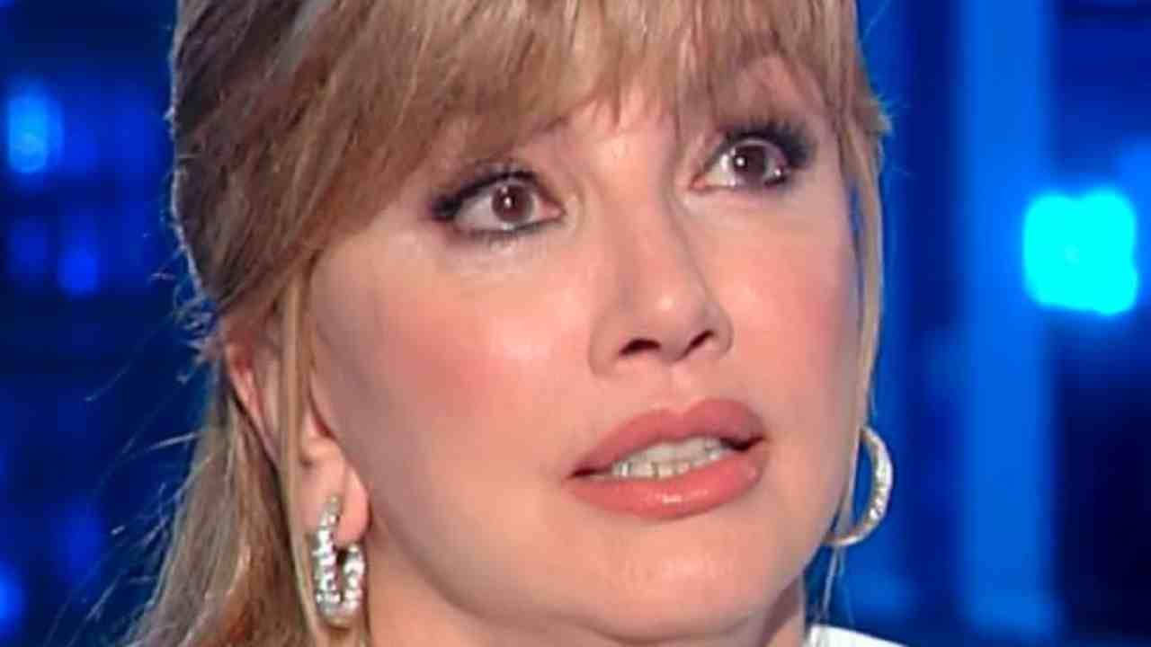 Milly Carlucci rapporto con il padre Political24