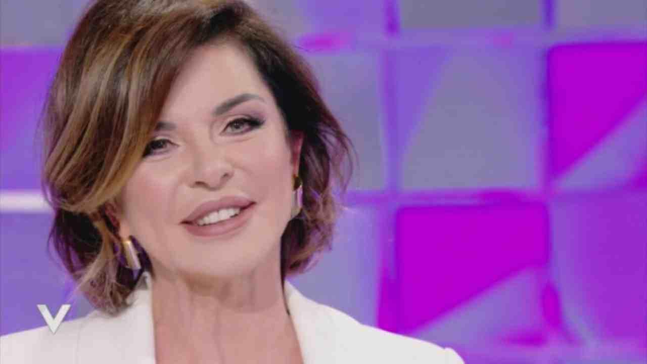 Alba Parietti avvantaggiata Political24