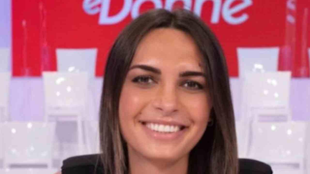 Andrea Nicole Uomini e Donne Political24