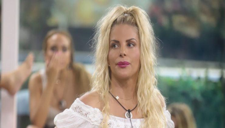 Francesca Cipriani in lacrime Political24