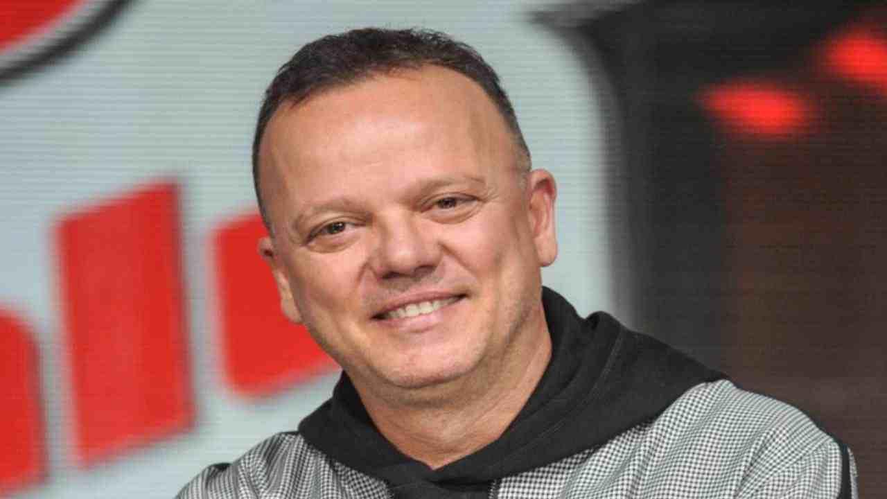 Gigi D'Alessio felice Political24
