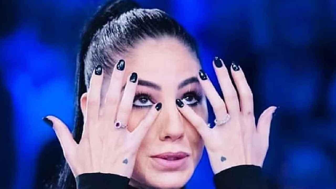 Giulia De Lellis triste Political24