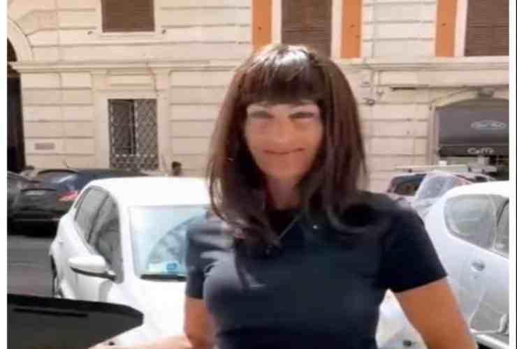 Isabella Ricci ormai senza freni Political24