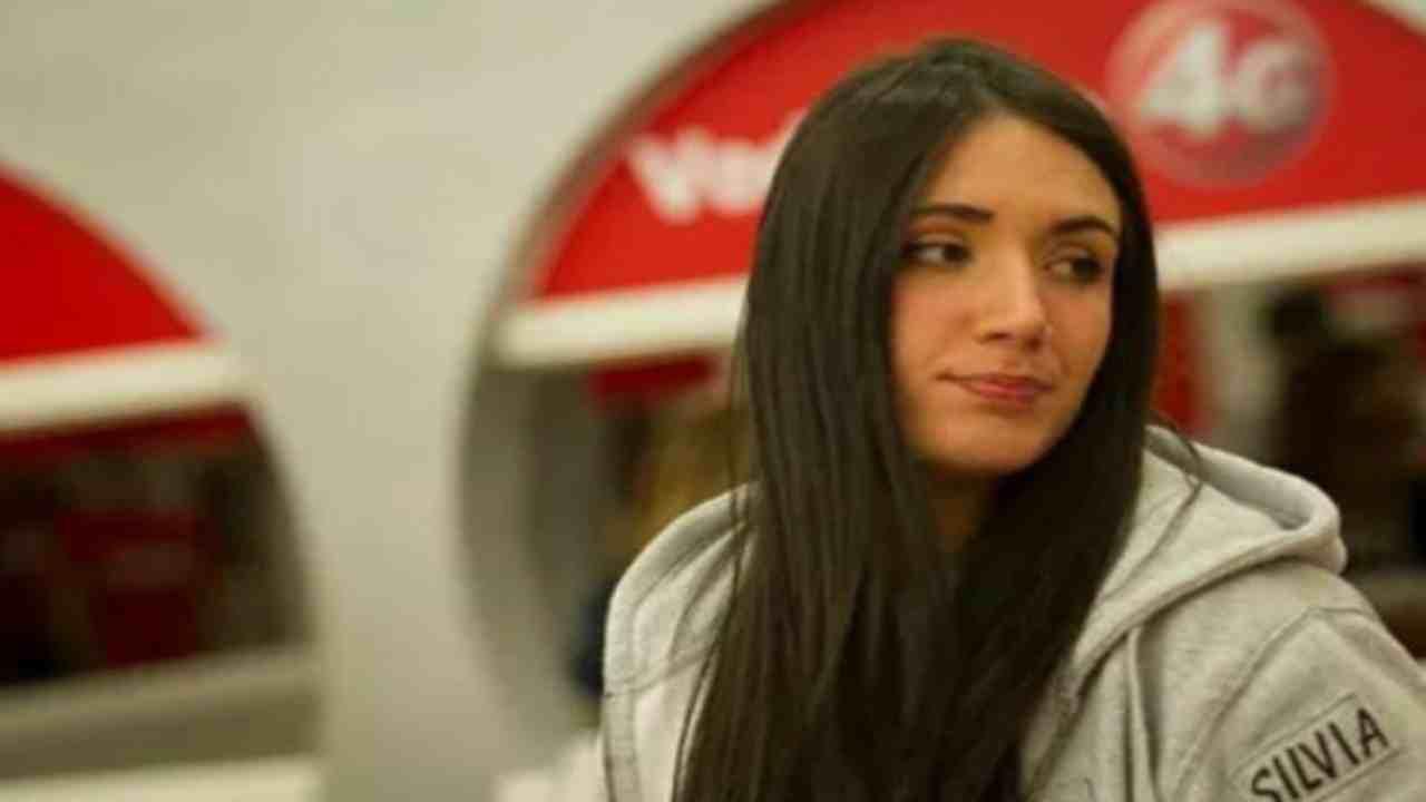Silvia Boreale Amici14-Political24