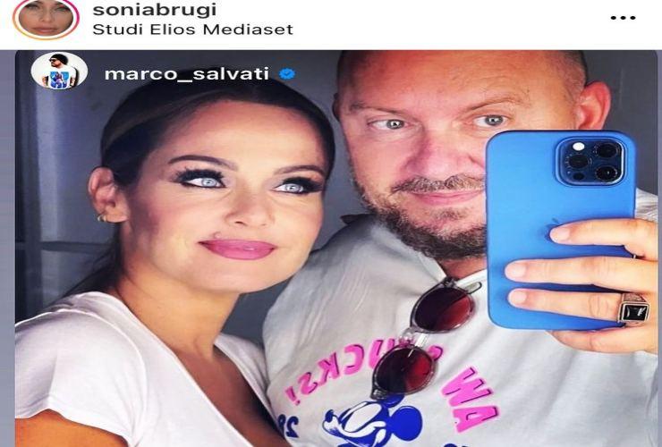 Sonia Bruganelli foto con un altro uomo Political24