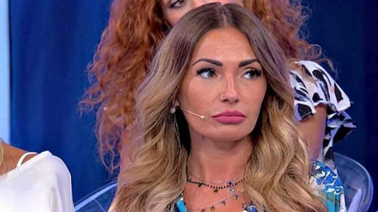Ida Platano cambia look Political24
