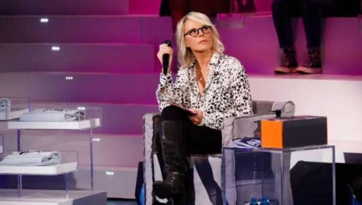 Anna Tatangelo scavalca la regina della tv Political24